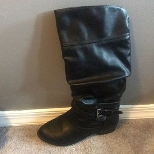 SO Black Tall Boots